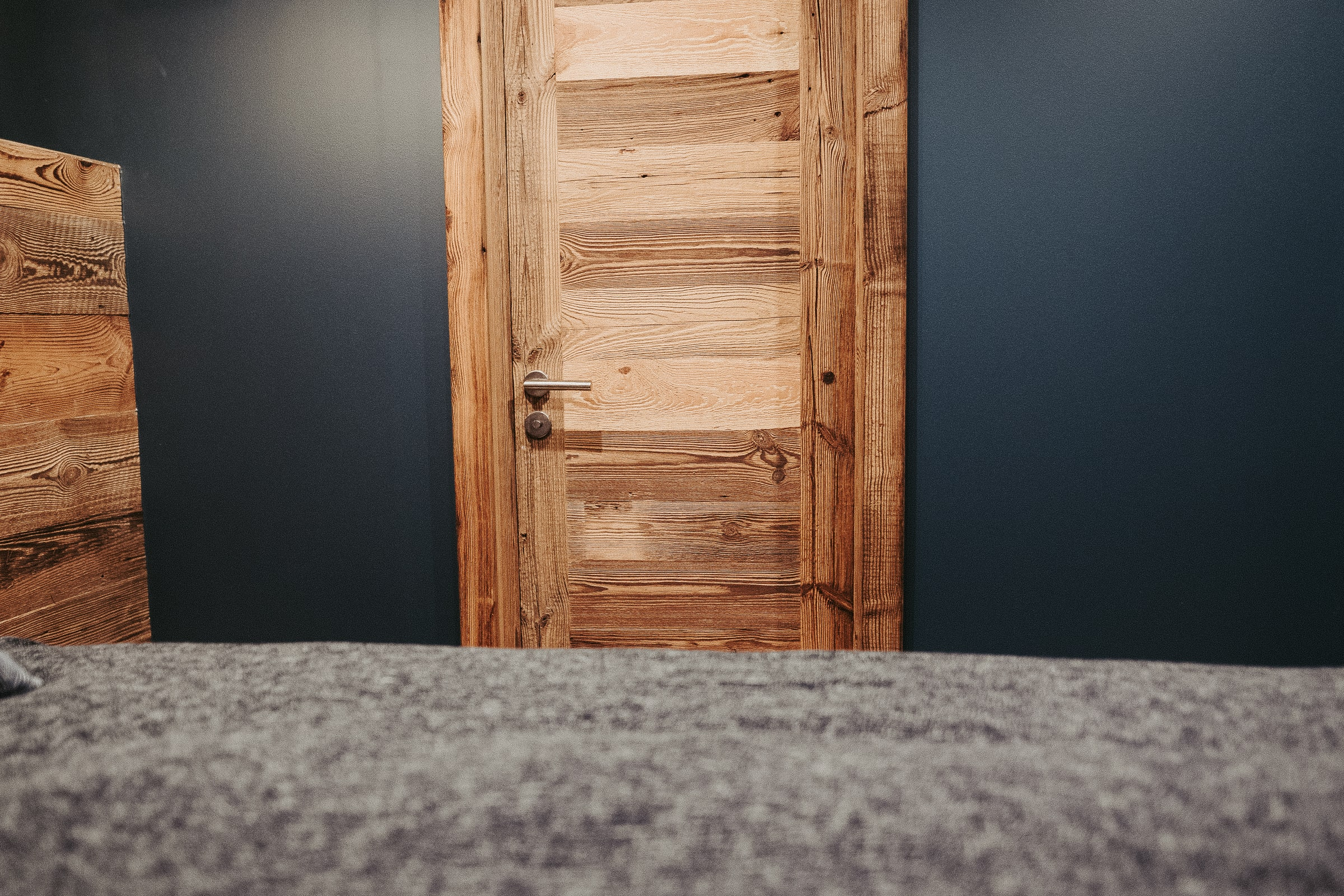 INTERIOR OLD WOOD DOORS